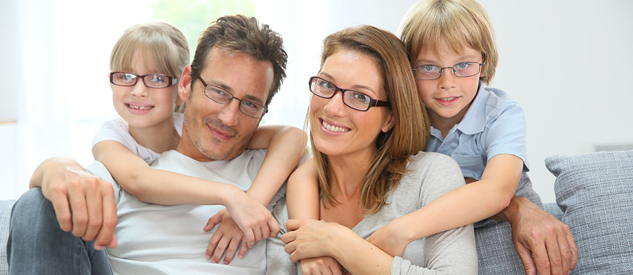 porter des lunettes - équipement optique - prescription lunettes - avantages des lunettes - porter des lunettes inconvénients