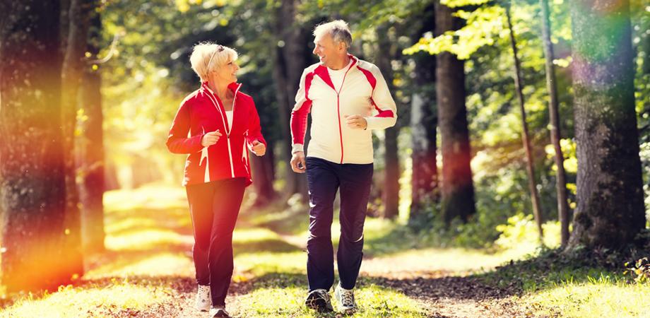 senior sportif - quel sport apres 50 ans - se remettre au sport apres 50 ans - generation silver - silvers - les sports à éviter apres 50 ans