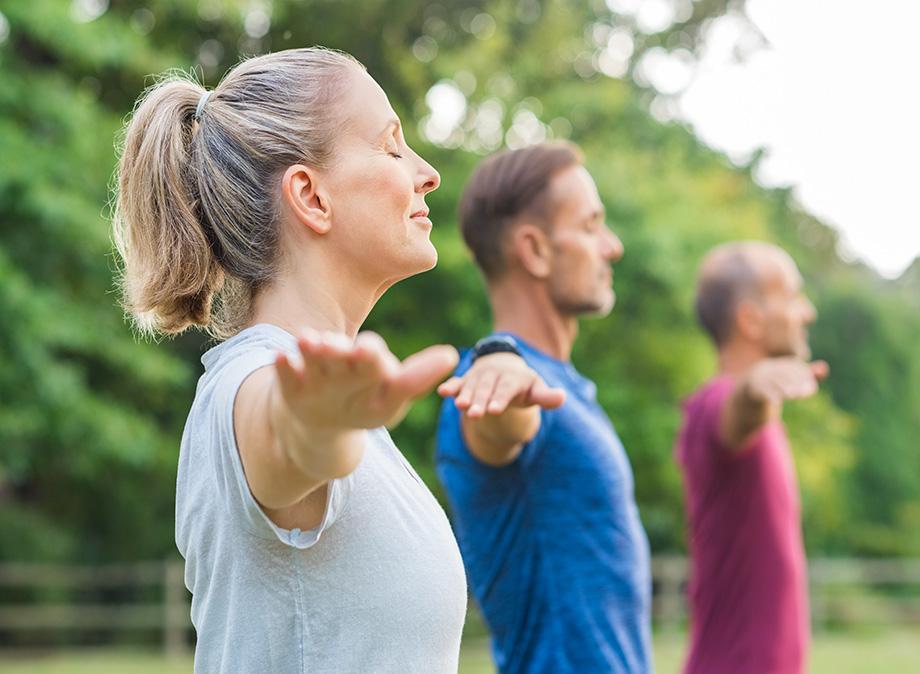 yoga - sport - detente - relaxation - méditation - hatha yoga - ashtanga-yoga - bikram yoga