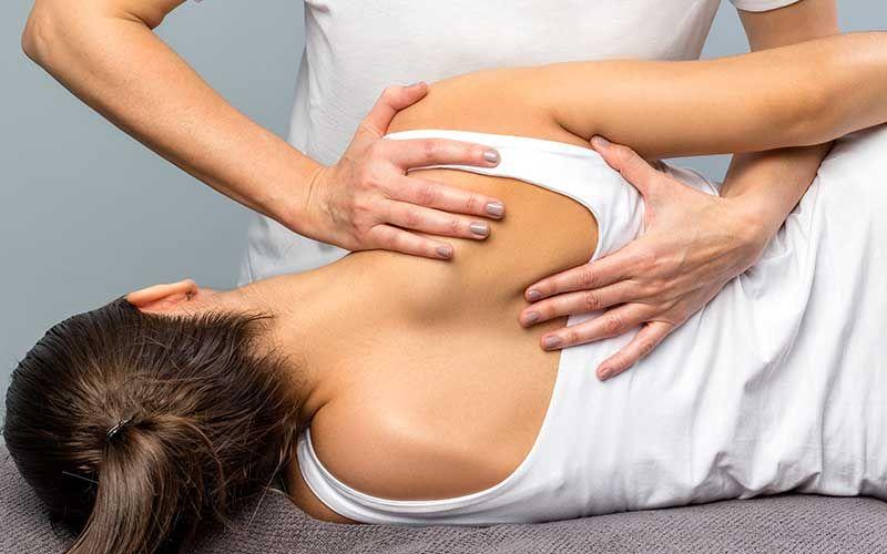 Séance d'ostéopathie
