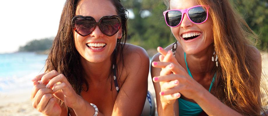 méfaits du soleil sur les yeux - santé visuelle - soleil et yeux - soleil danger pour les yeux - soleil et vue - choisir des lunettes de soleil - indices UV - soleil et yeux enfants