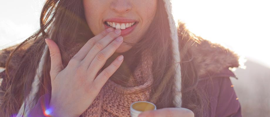 avoir froid - froid sur notre peau - froid aux mains - levres gercees - froid aux pieds - froid aux oreilles - prévenir le froid - prevenir l'hiver